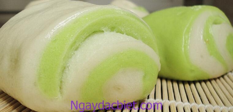 Nhân bánh bao với hương lá dứa hấp dẫn vô cùng thơm ngon, mềm mịn